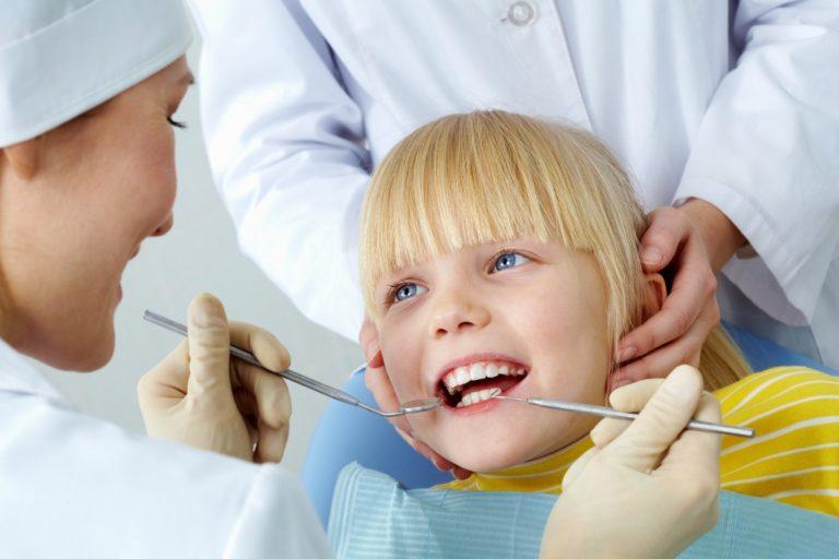小児歯科医グルガオン